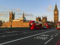 ロンドンを走るバス
